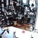 パワ-ステ用スチ-ルボ-ル部品圧入組立装置